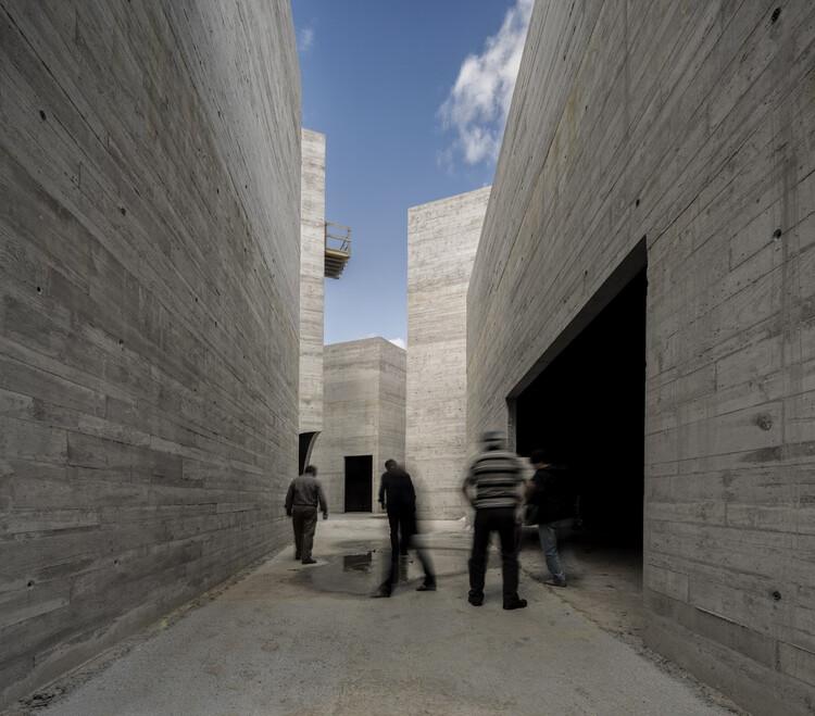 El cemento puede ser un material (más) sostenible, Centro de Interpretação do Românico / spaceworkers. Image © Fernando Guerra | FG+SG