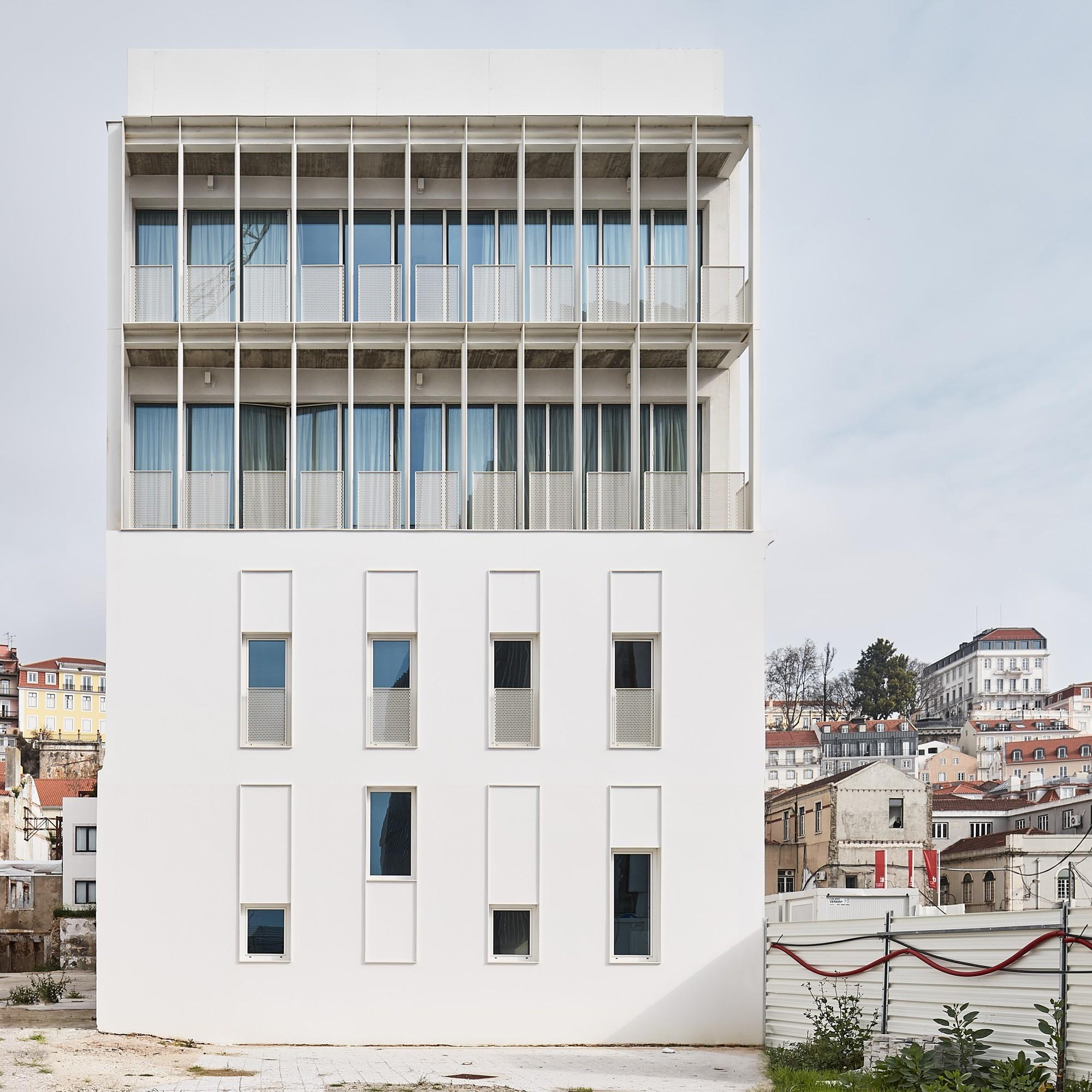 Ribeira 11 Apartment Building / Ricardo Carvalho + Joana Vilhena