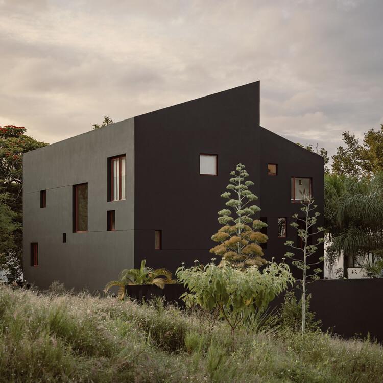 Casa en Xalapa / Lopez Gonzalez Studio, © César Béjar Studio