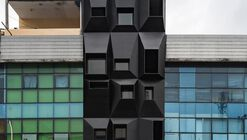 Hotel QUB / Tamara Wibowo Architects