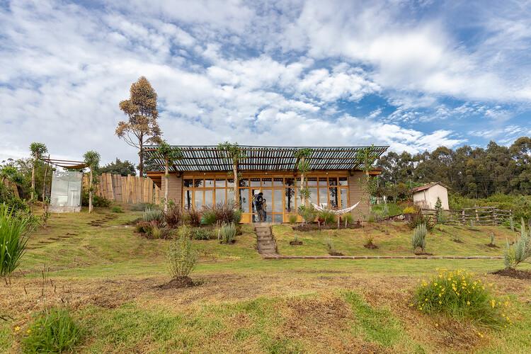 Casa jardín / Al Borde, © JAG Studio