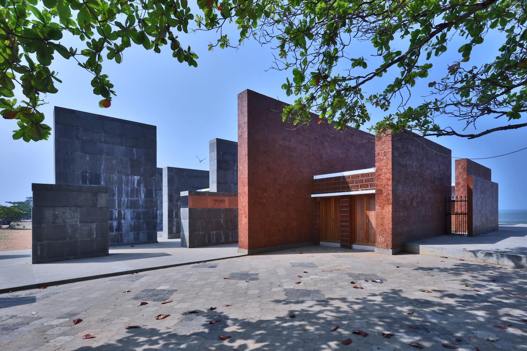 Freedom Square / De_earth Architects