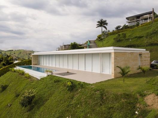 Casa Uribe Quiñones / Arquitecto Daniel Uribe