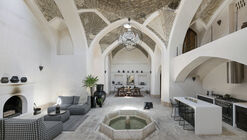 Casa histórica Azin / Ravagh Atelier