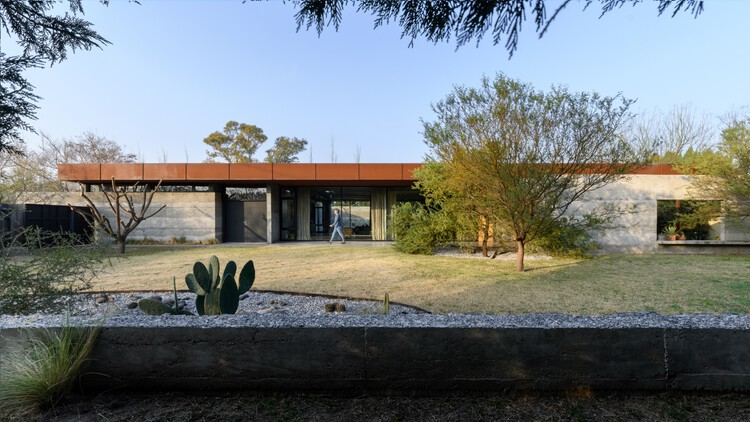 Vivienda texturas / Roberto Benito Arquitecto, © Gonzalo Viramonte