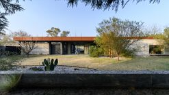 Textures House / Roberto Benito Arquitecto