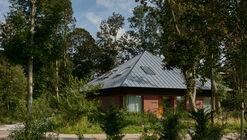 Noordwijk Forest Villa / Kevin Veenhuizen Architects