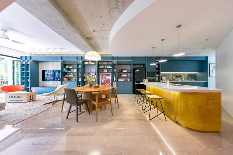 Colours of My Life Apartment / WY-TO architects. Image © Frank Pinckers