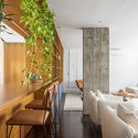 Sabará Apartment / Felipe Rodrigues Arquitetura. Image © Maíra Acayaba