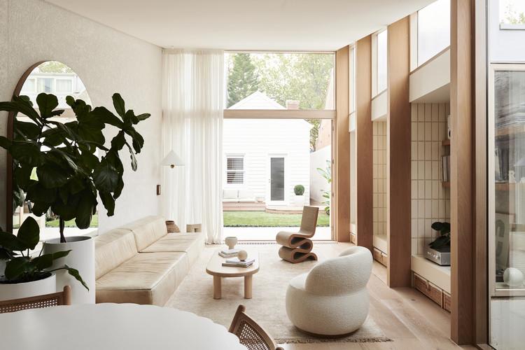 ¿Siguen siendo relevantes las salas de estar? 16 Proyectos que adaptan estos espacios a la arquitectura contemporánea, © Eve Wilson