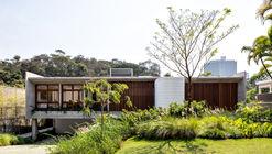 Casa Brasil / Play Arquitetura