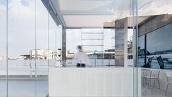Hannam Berg Rooftop Cafe / YOLLLLEY STUDIO