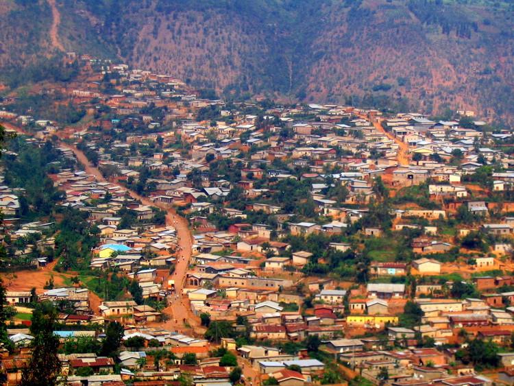 Аэрофотоснимок Кигали.  Изображение © Пользователь Flickr oledoe по лицензии (CC BY-SA 2.0).