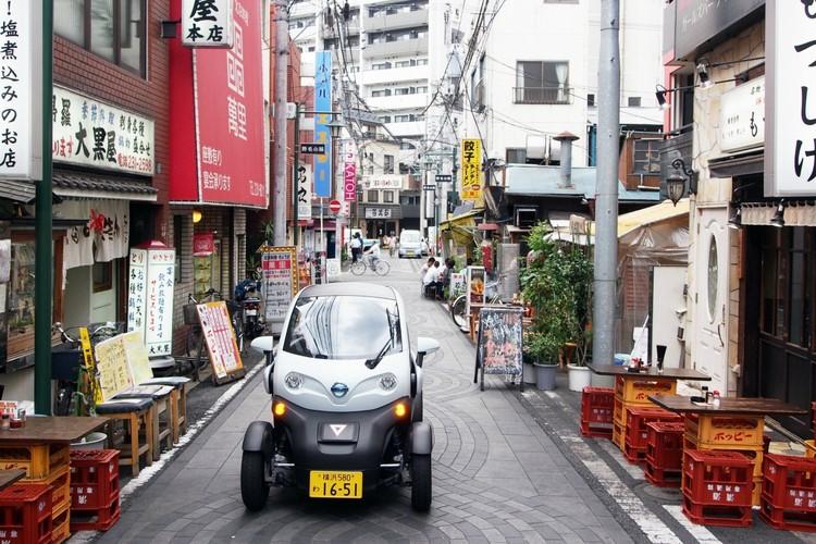 Электромобиль в Иокогаме, Япония.  Изображение через Smart Cities World