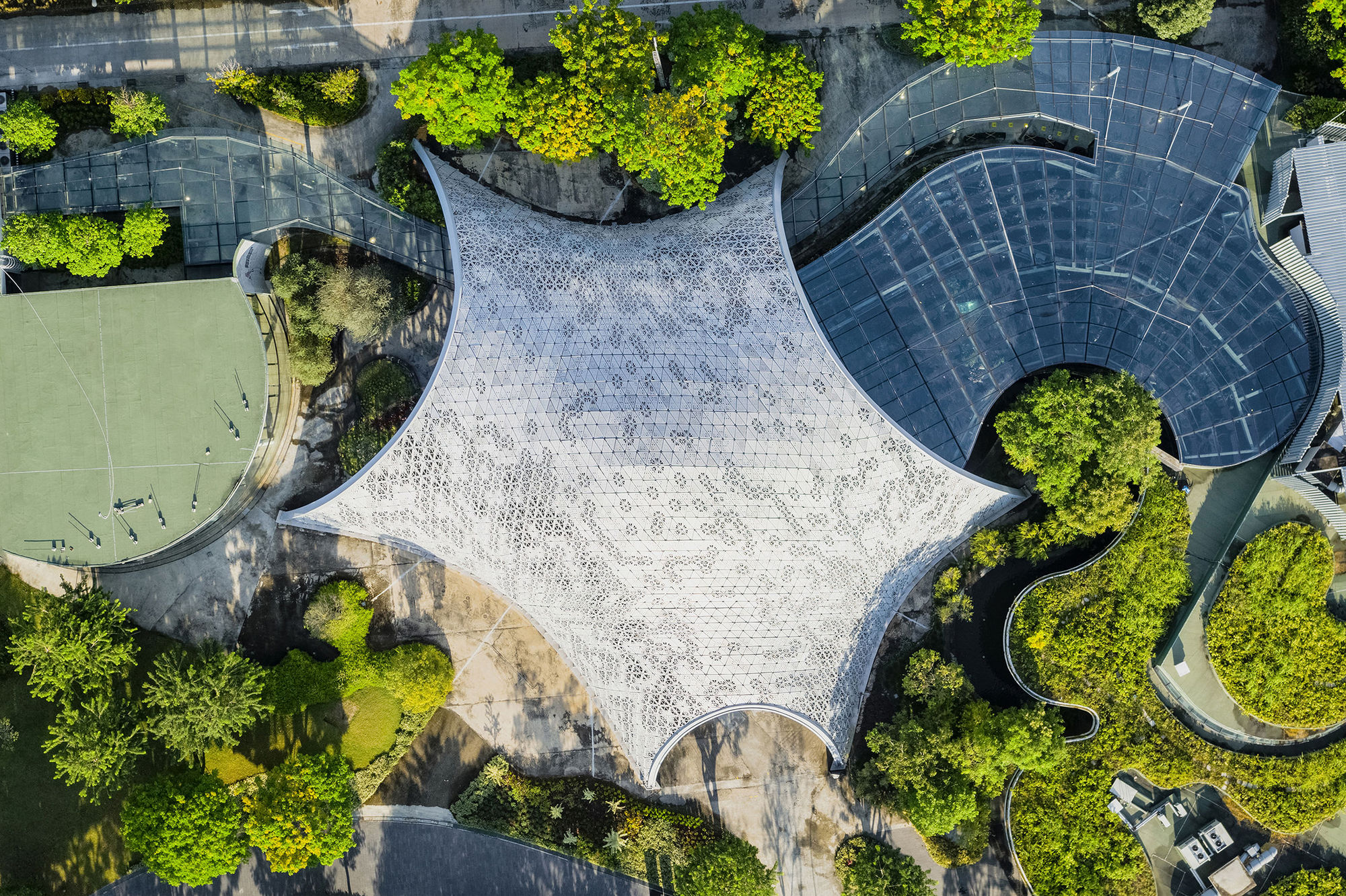 Green Architecture: 15 iF Award-Winning Projects That Build Oasis