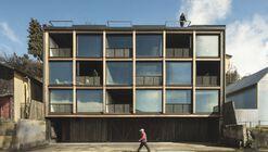 Edificio estación  / Ortuzar Gebauer Arquitectos