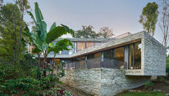 GA House / Ivan Priatman Architecture