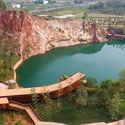 Cliff Pool. Image © Ziqing Wang