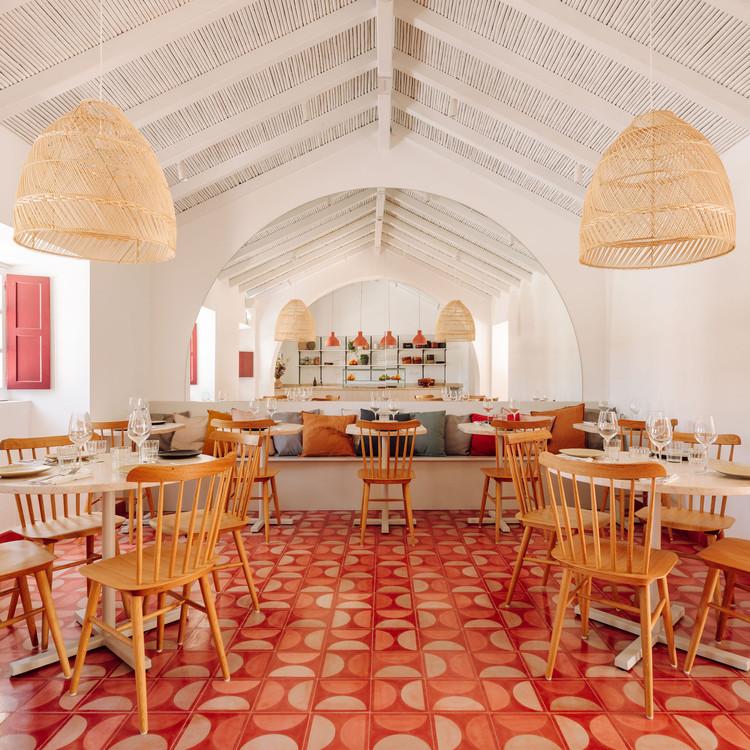 Restaurante Abranda / LADO Arquitectura e Design, © Francisco Nogueira