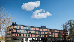 Office Space Krunit / KPLN Architectural Bureau