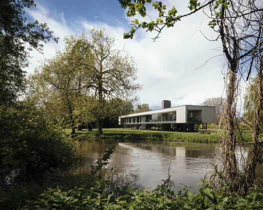 Casa Narula / John Pardey Architects