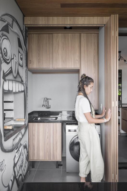 Consejos para organizar el área de servicio: Más funcionalidad en la vida cotidiana, Apartamento SEED / flipê arquitetura. Foto: © Carolina Lacaz