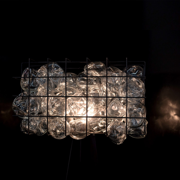 Освещение клетки. Автор Эгемен Кемаль Вурусан.  Изображение предоставлено премией и конкурсом A 'Design