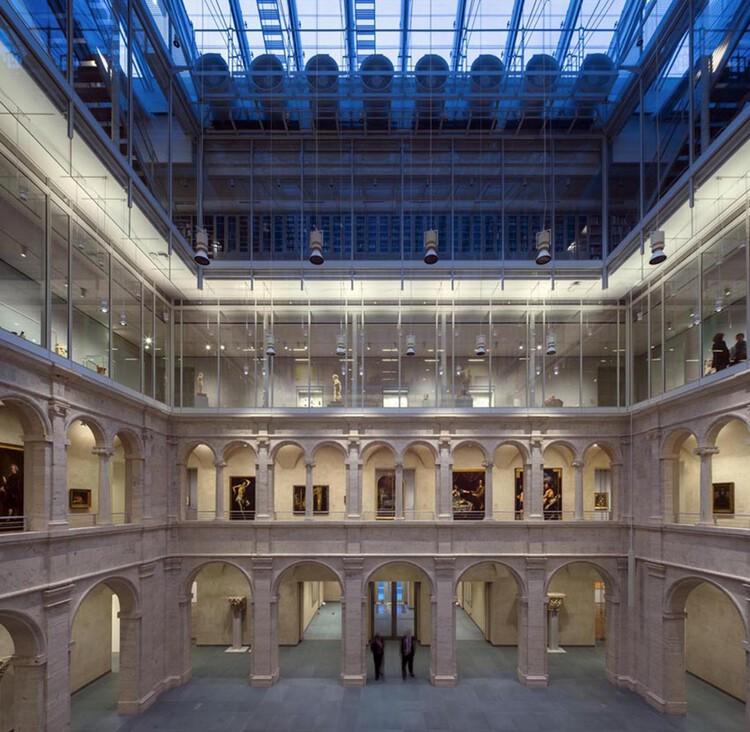 Como interferir na arquitetura preexistente? Reabilitações projetadas por grandes arquitetos, Reforma e Expansão dos Museus de Arte de Harvard de Renzo Piano + Payette. Image © Michel Denancé