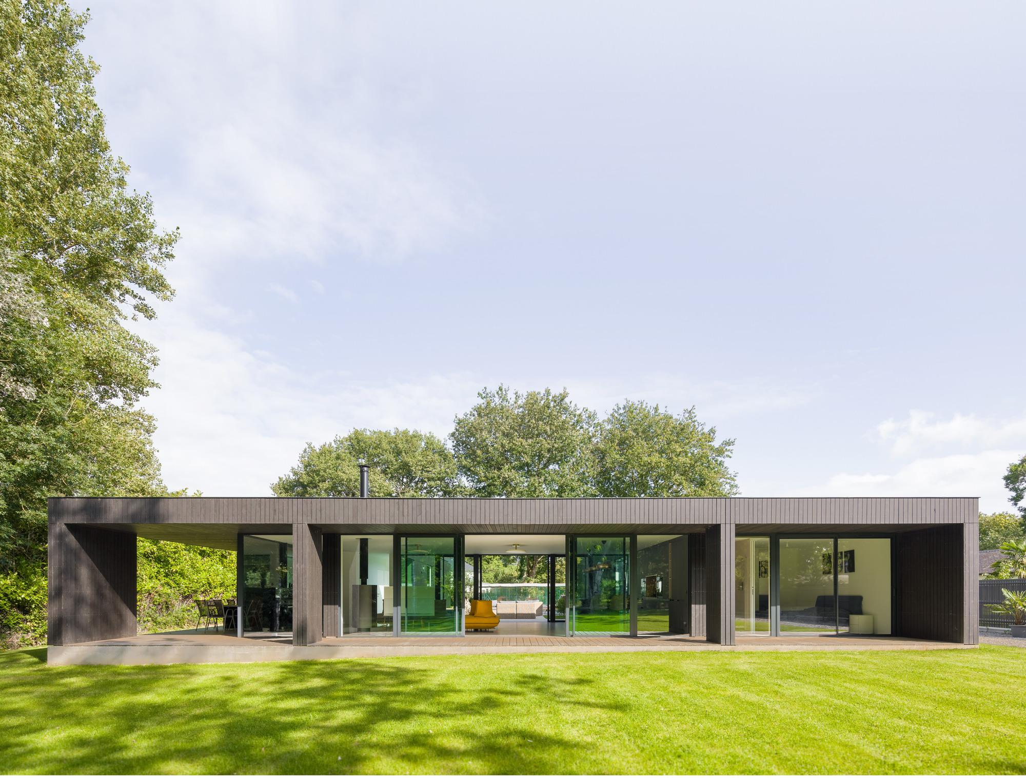 House U / Atelier 56S