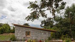 Habitación en el cerro / El Sindicato Arquitectura