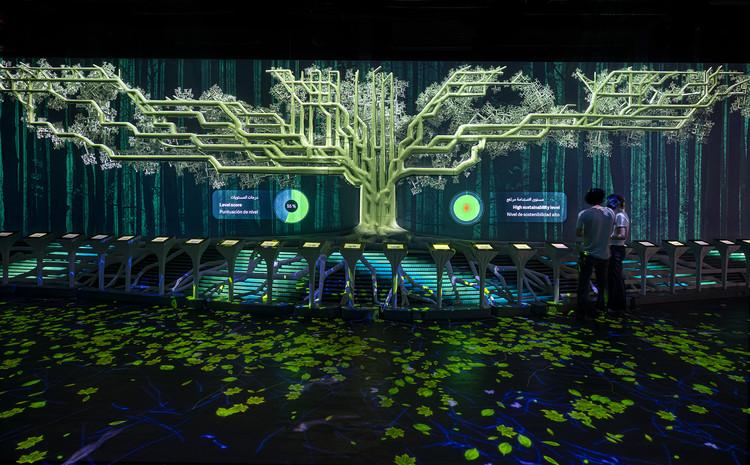 External Reference y Onionlab integran diseño y tecnología en la exhibición del Pabellón de España / Expo Dubái 2020, El Árbol del equilibrio diseñado por External Reference y Onionlab para el pabellón de España en la Expo Dubai 2020. Image © Adrià Goula
